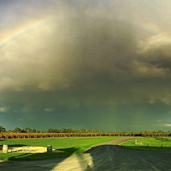 afternoon rainbow at Majella